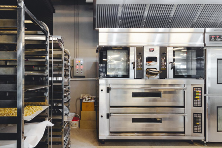 What To Look Out For When Deciding On A Commercial Oven