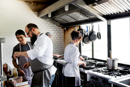 The Use of Commercial Kitchen Equipment in Singapore